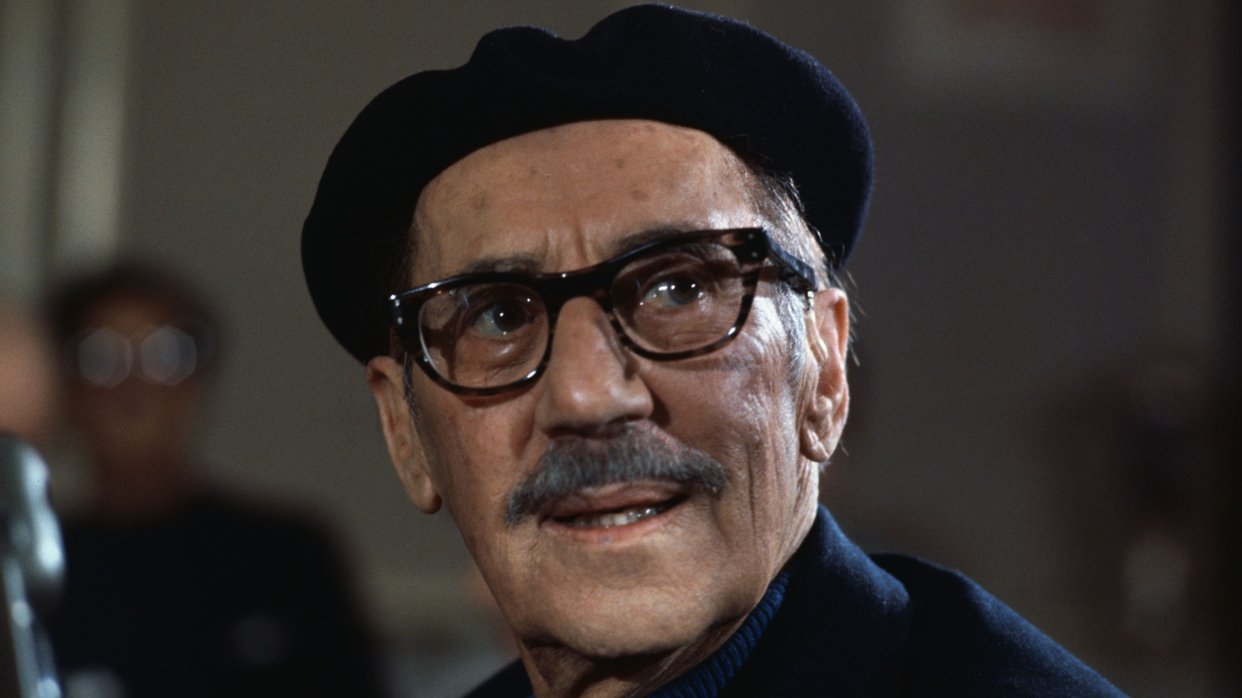 Outrageously Funny Groucho Marx Quotes