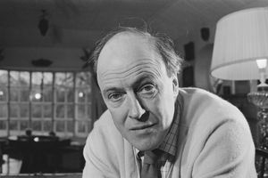 Close-up black and white photo of Roald Dahl