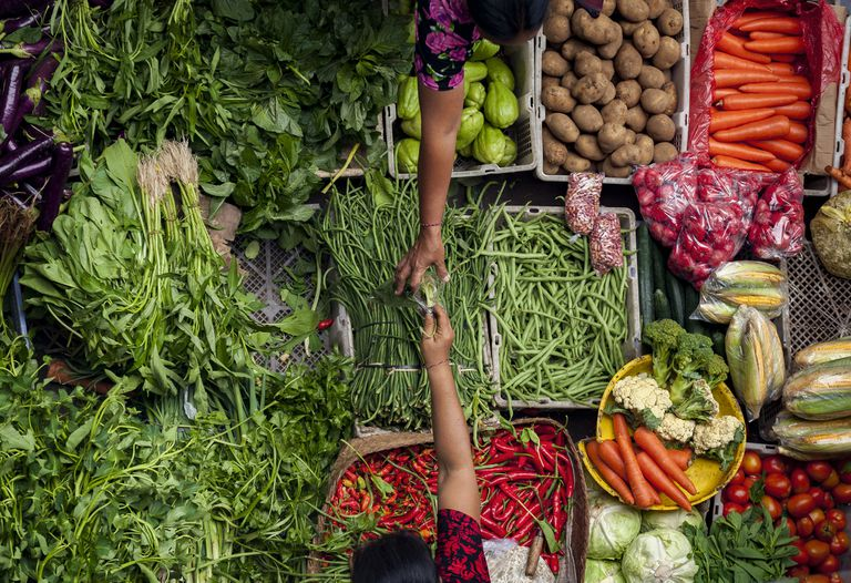 Colorful fish and vegetables can be purchased at the Ubud, Bali public market.