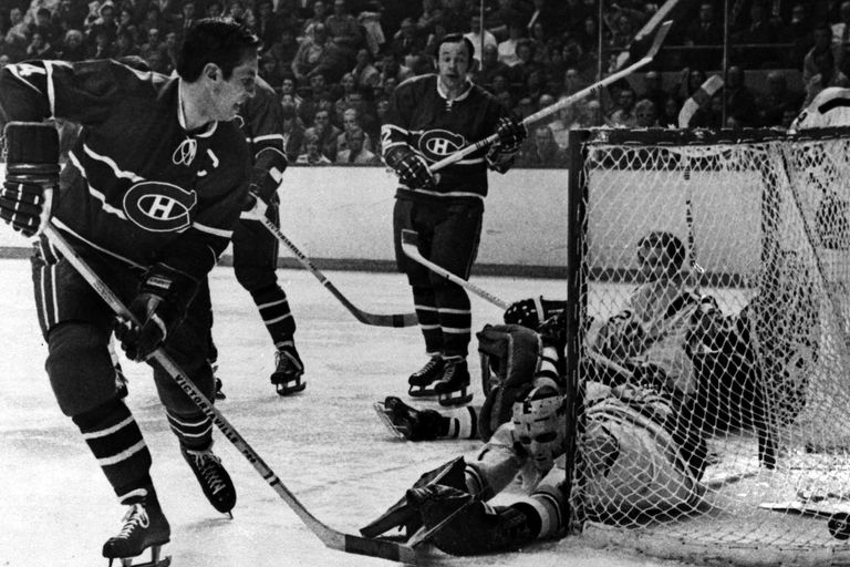The Montreal Canadians vs. the Boston Bruins, April 08, 1971