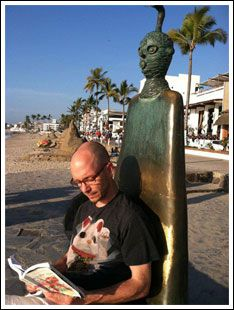 reading-in-mexico.jpg