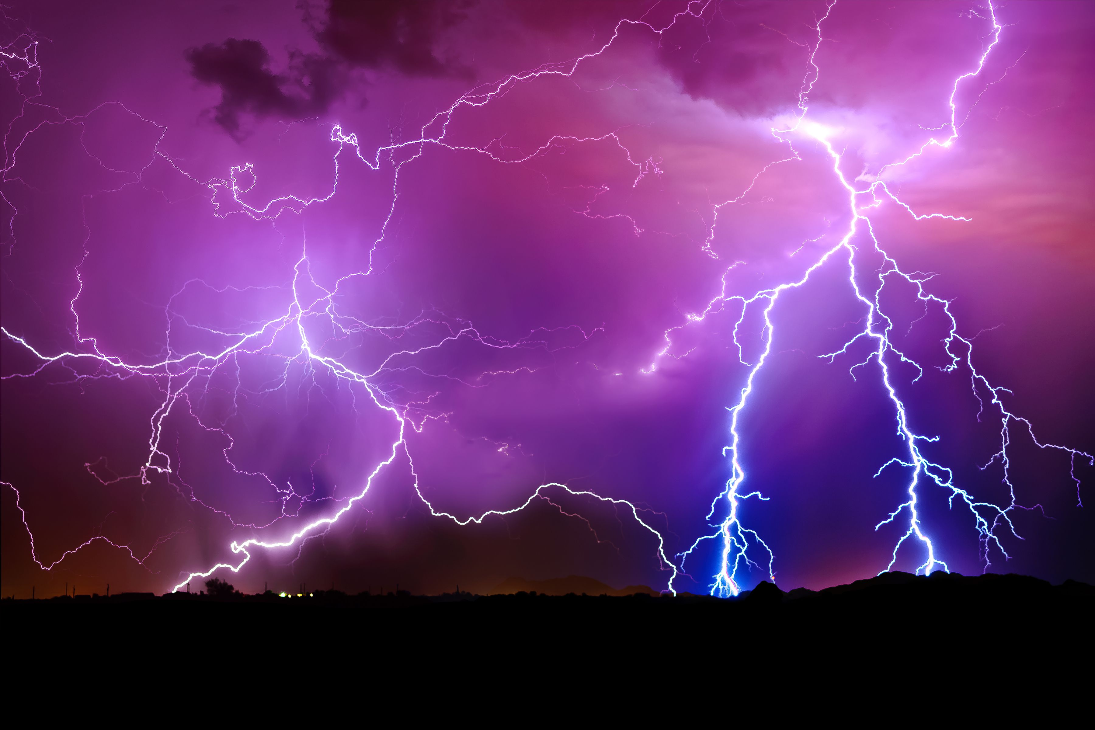 What Happens During A Lightning Storm