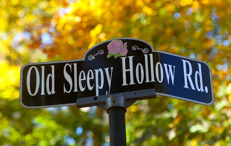 Sleepy Hollow Road sign