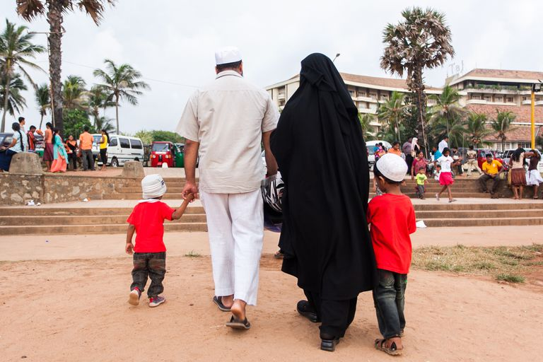 Sri Lanka muslim family