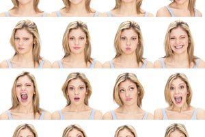 Fotos carnet con distintos semblantes.