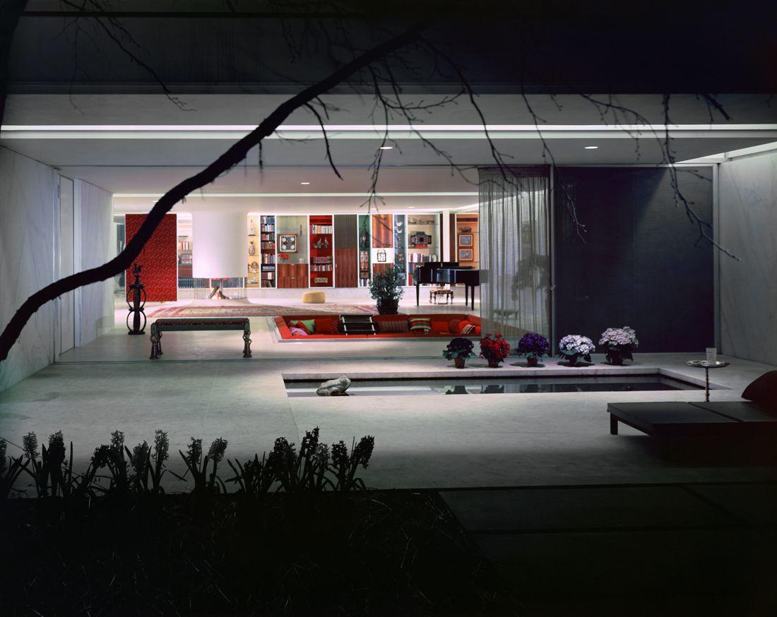 Miller House, Columbus, Indiana, circa 1957. Eero Saarinen, architect.