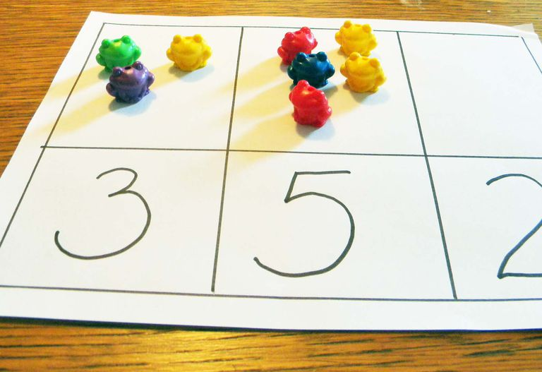 Counting mats help students practice counting