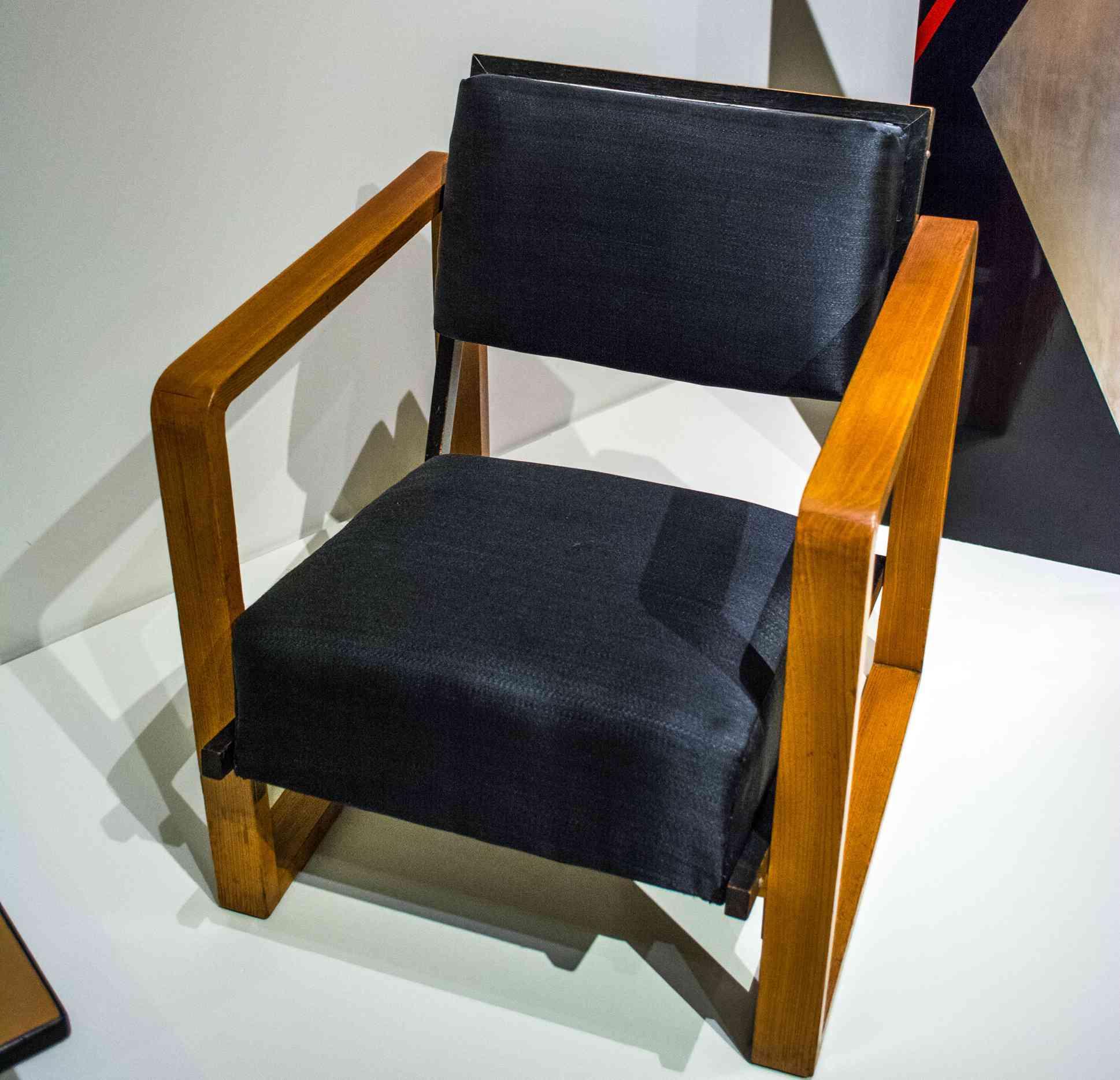 josef albers armchair