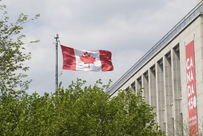Legal age for dating in canada