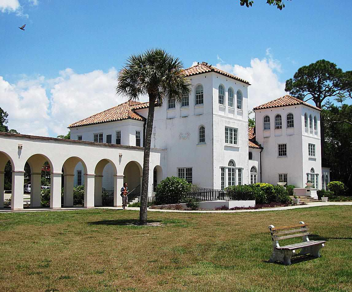 Cook Hall at New College of Florida