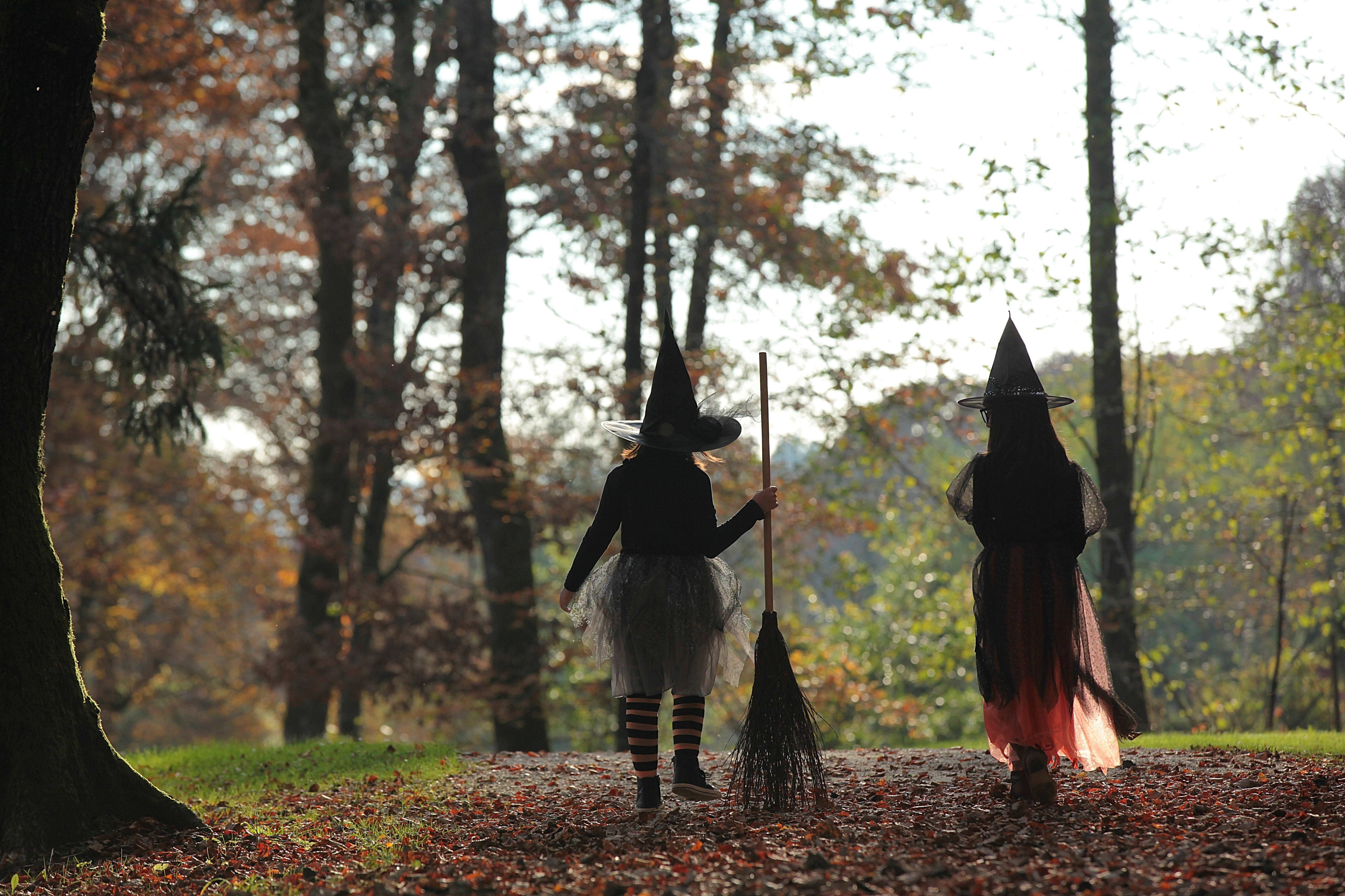 Samhain Folklore - Halloween Superstitions and Legends