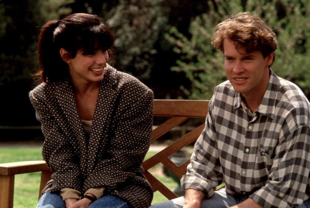 Sandra Bullock and Tate Donovan in movie scene