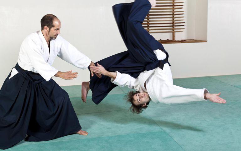 Aikido throw technique