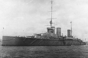 HMS Queen Mary battleship