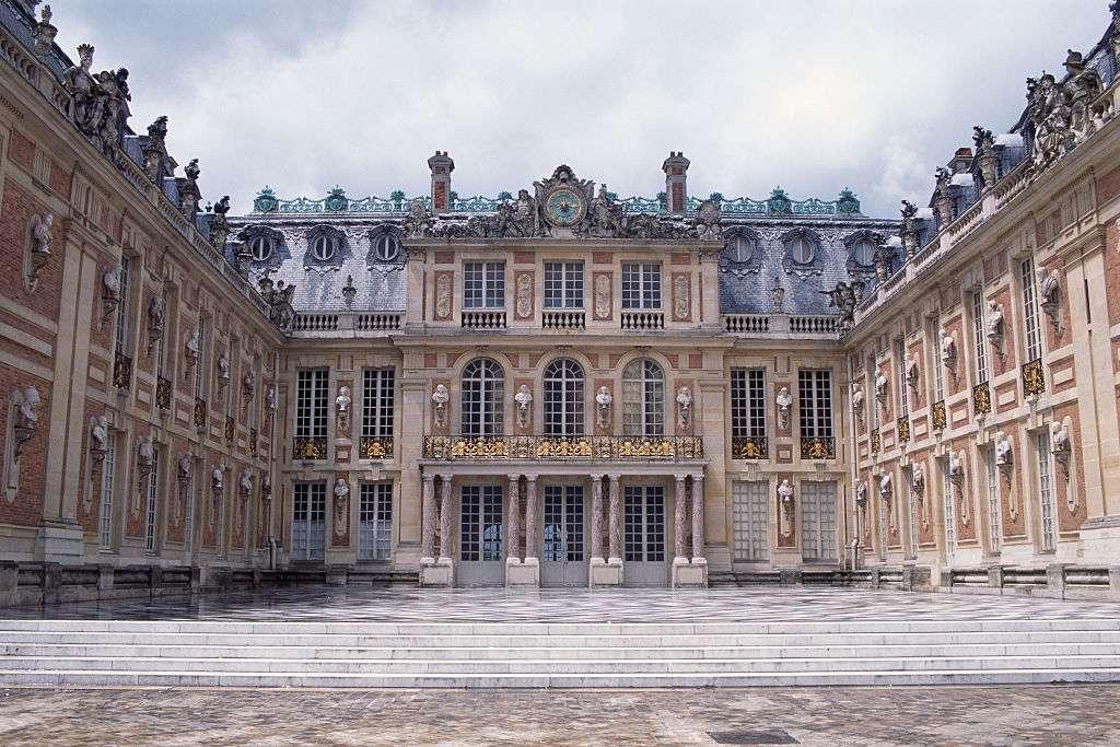 King's Bedchamber, Versailles