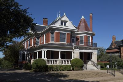 A Photo Gallery Of Queen Anne Architecture