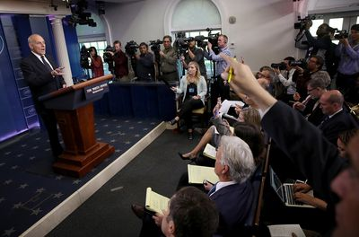 How to order greeting cards from the white house the journalists closest to the president play an important role in democracy drawing of the white house m4hsunfo
