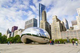 Millennium Park and the Cloud Gate sculpture, Chicago, Illinois, United States of America, North America