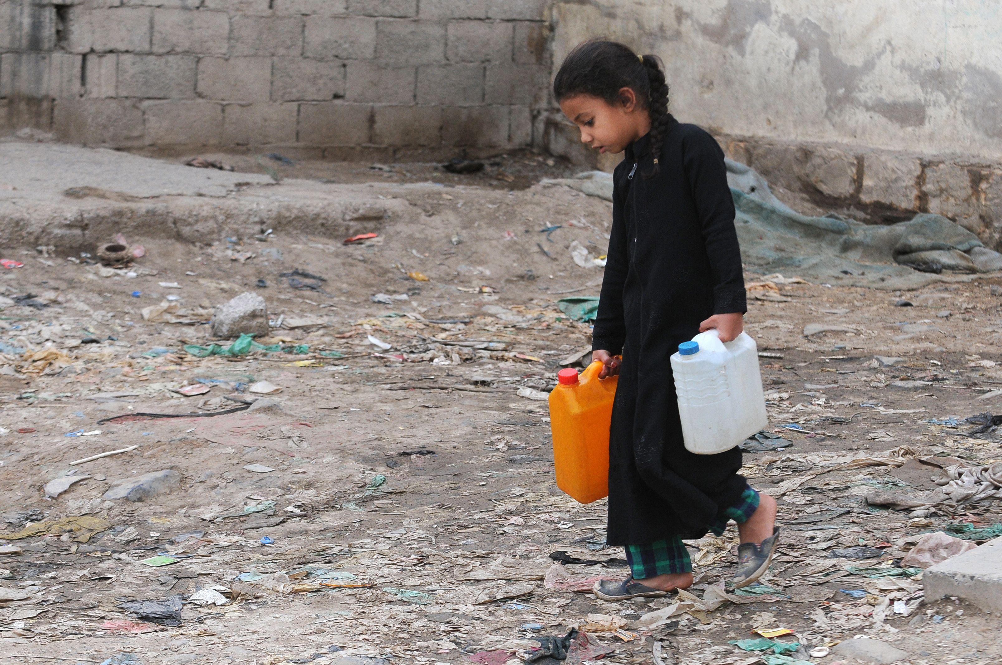 Yemenis Facing Continuing Clean Water Crisis