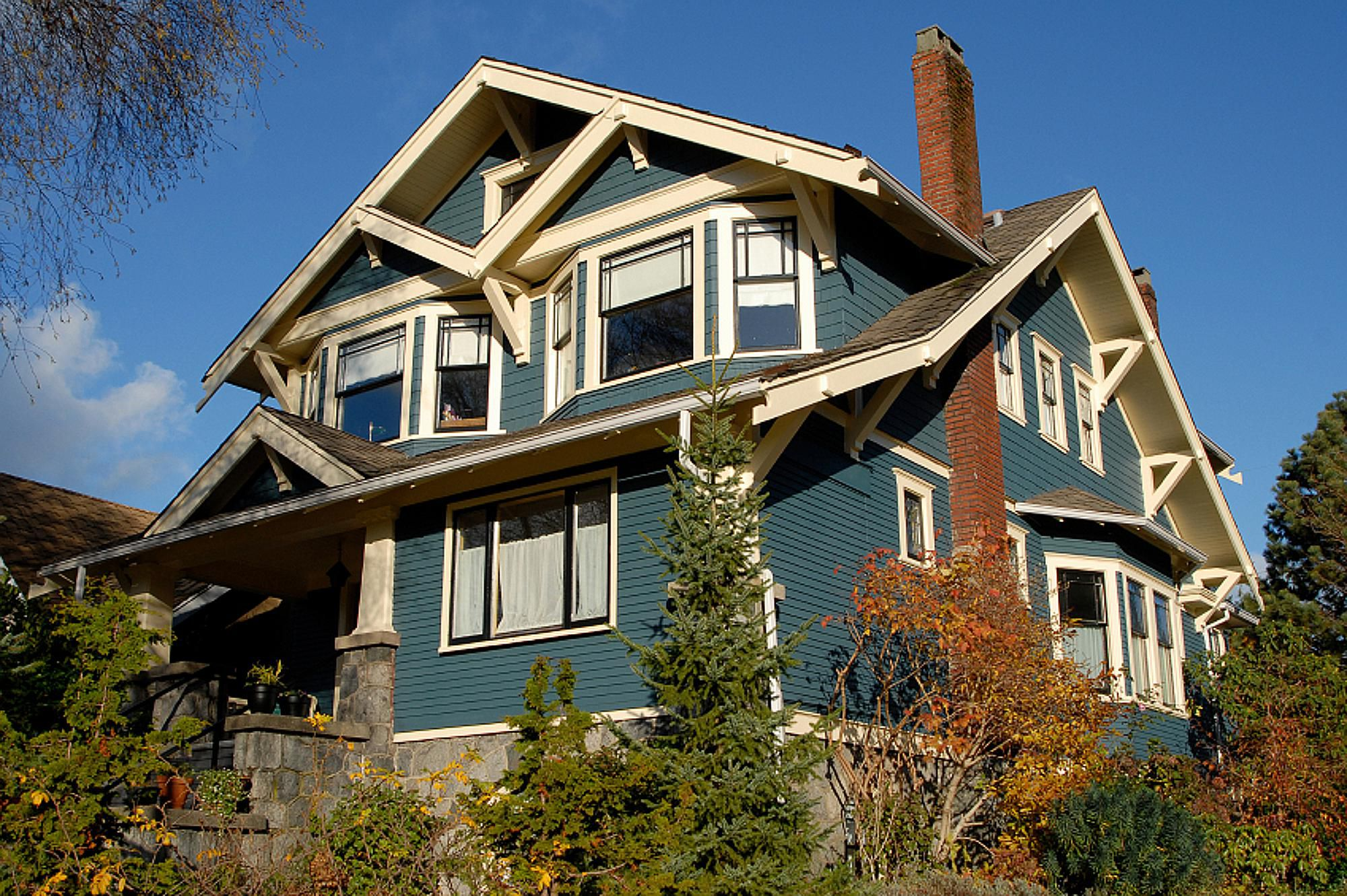 Craftsman house photos inspired by arts and crafts - What is a craftsman style house ...