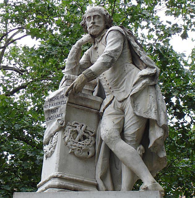 Statue_Of_Shakespeare.jpg