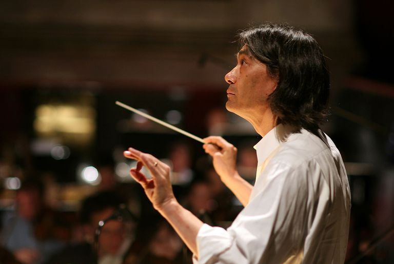 Classical music in Montreal: discover the scene via OSM Orchestre symphonique de Montréal and Kent Nagano.