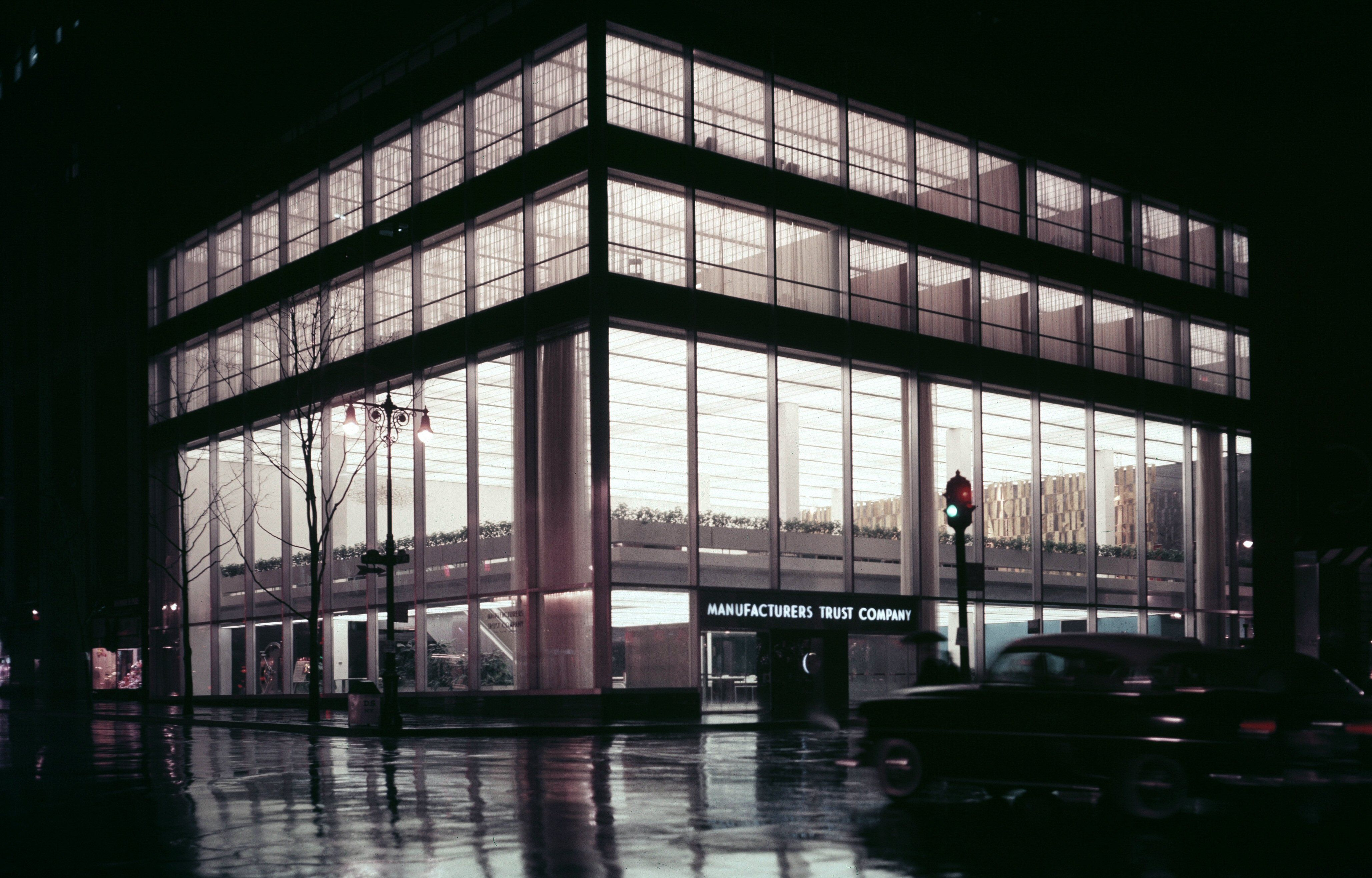 510 Fifth Avenue in NYC, Manufacturers Trust Company c. 1955 by architect Gordon Bunshaft