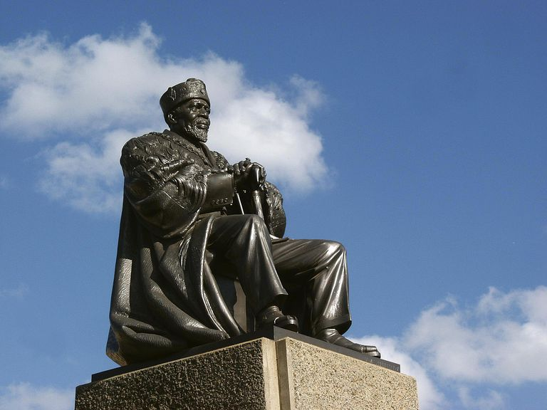 Statue of Jomo Kenyatta, the first president of Kenya.