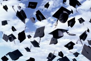 Graduation speeches should center on a theme that the audience and graduates will remember.