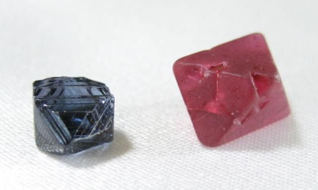 Spinels are a class of minerals that crystallize in the cubic system.
