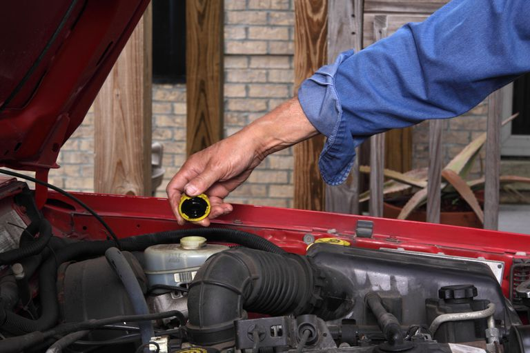 Tips For Checking Brake Fluid Level And Maintenance