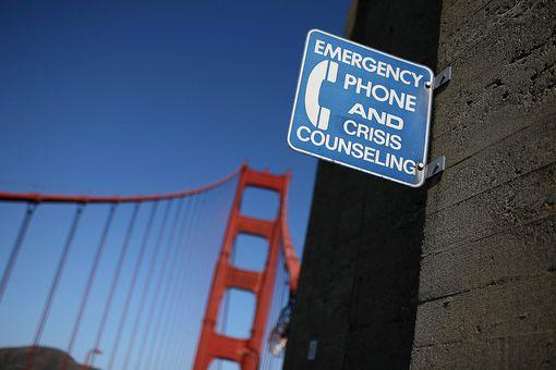 Golden Gate Bridge crisis phone