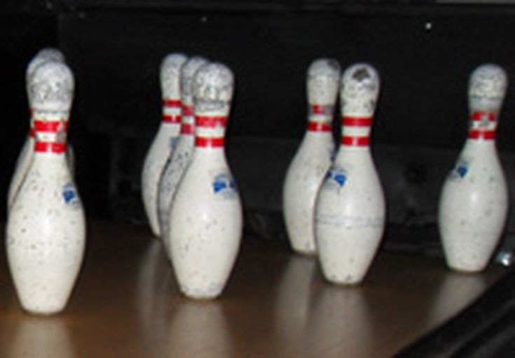 bowling pins information and facts