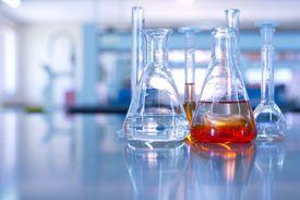 Laboratory glassware to measure volume