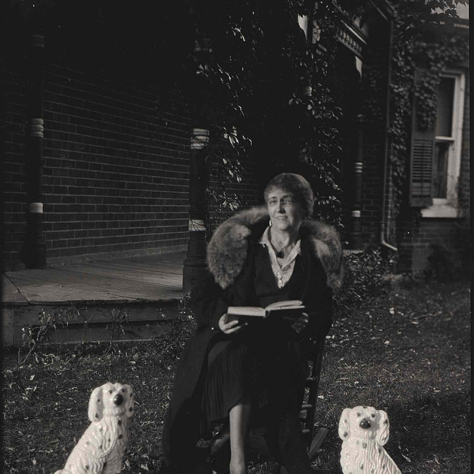 Author Lucy Maud Montgomery at her home in Norval, Ontario in 1932.