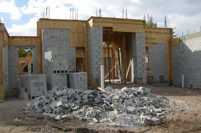 How much does it cost to build a house for How much does it cost to build apartments