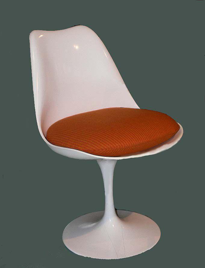 The Tulip Chair by Eero Saarinen