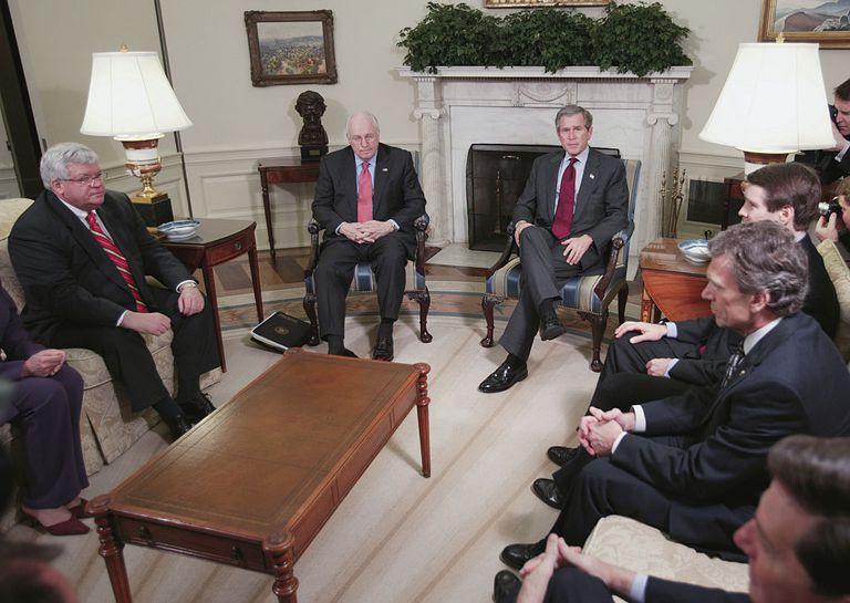 President George W Bush Meeting with Congressional Leaders ahead of vote.