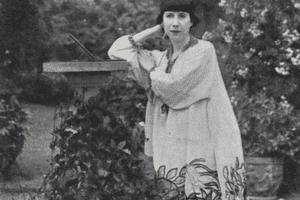 Photograph of Florine Stettheimer, artist unknown. 1910.