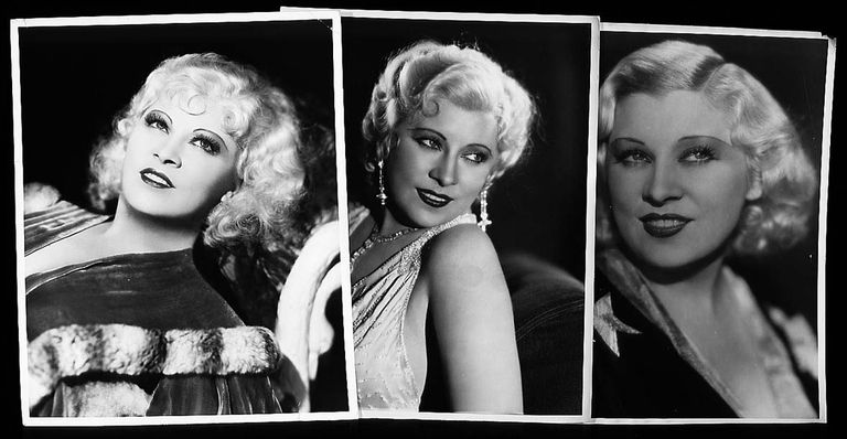 Mae West Photos at 2000 Auction
