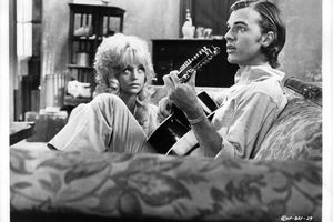 Goldie Hawn And Edward Albert In 'Butterflies Are Free'