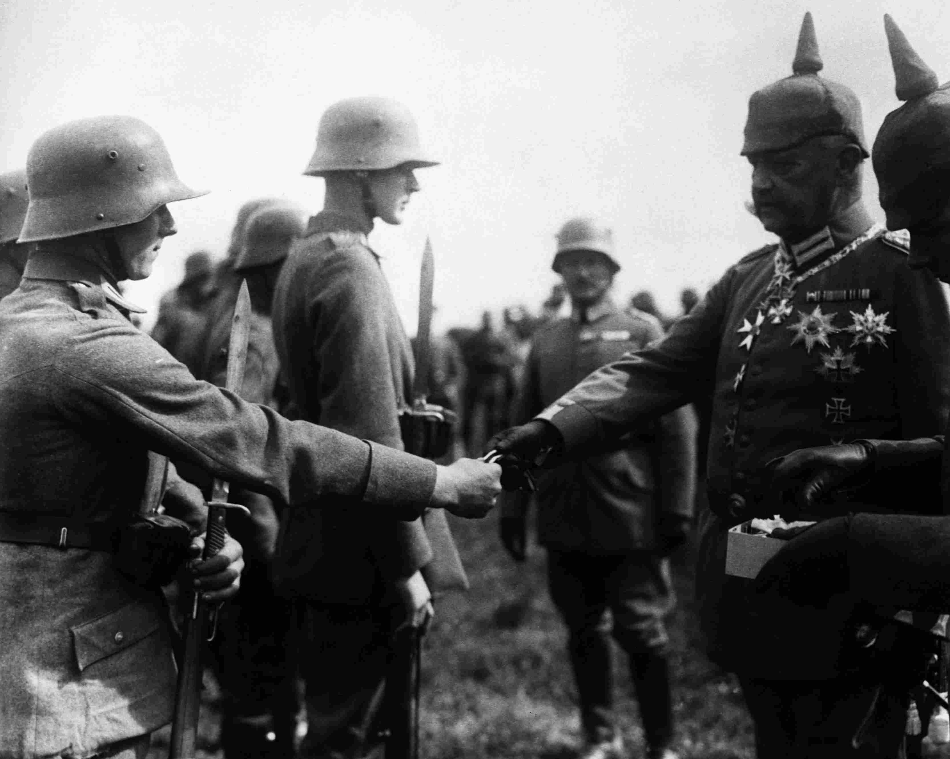 Hindenburg Presenting Iron Crosses