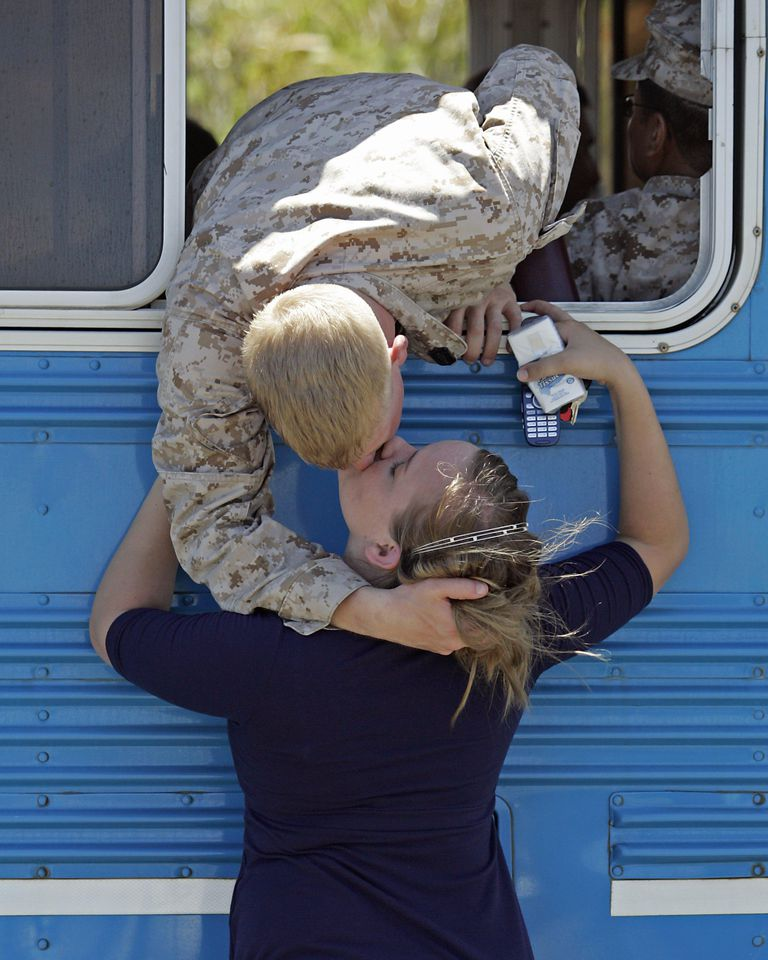 2nd Battalion Marines Deploy To Iraq
