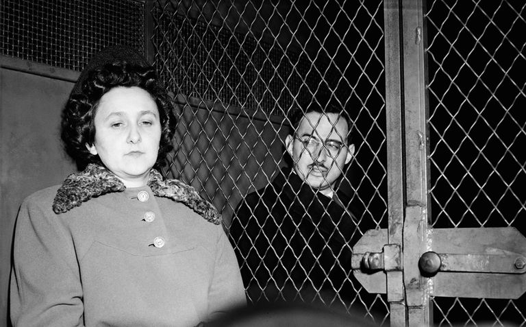 ethel and julius rosenberg were charged with