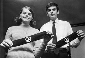 Students Hold Peace Arm Bands