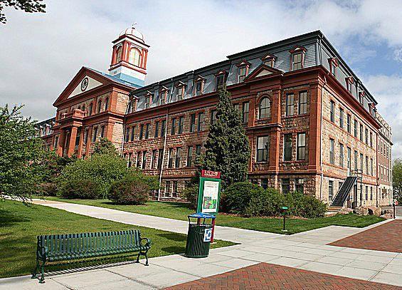 Regis University Admission Requirements   CollegeVine