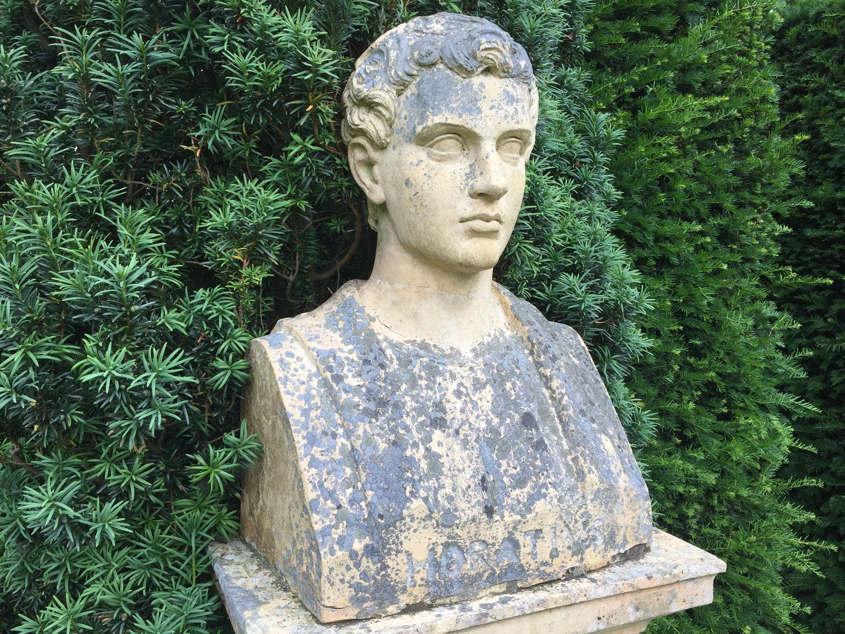 A bust of Horace