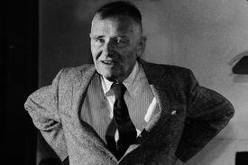 British-born writer Christopher Isherwood (1904 - 1986)
