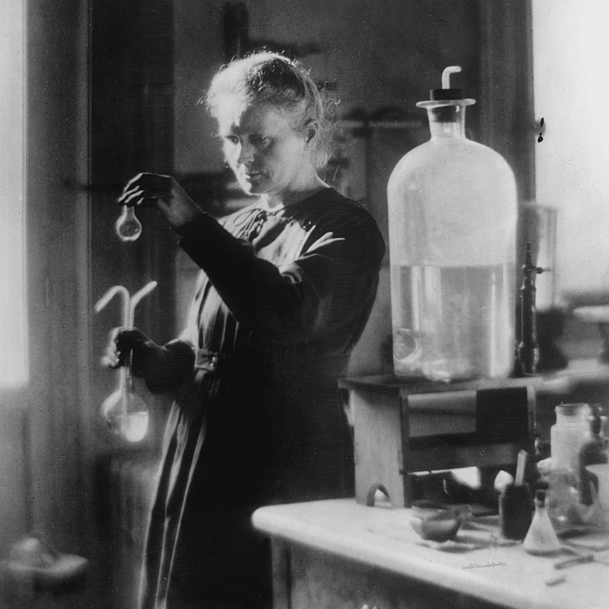 Marie Curie in Laboratory, 1910