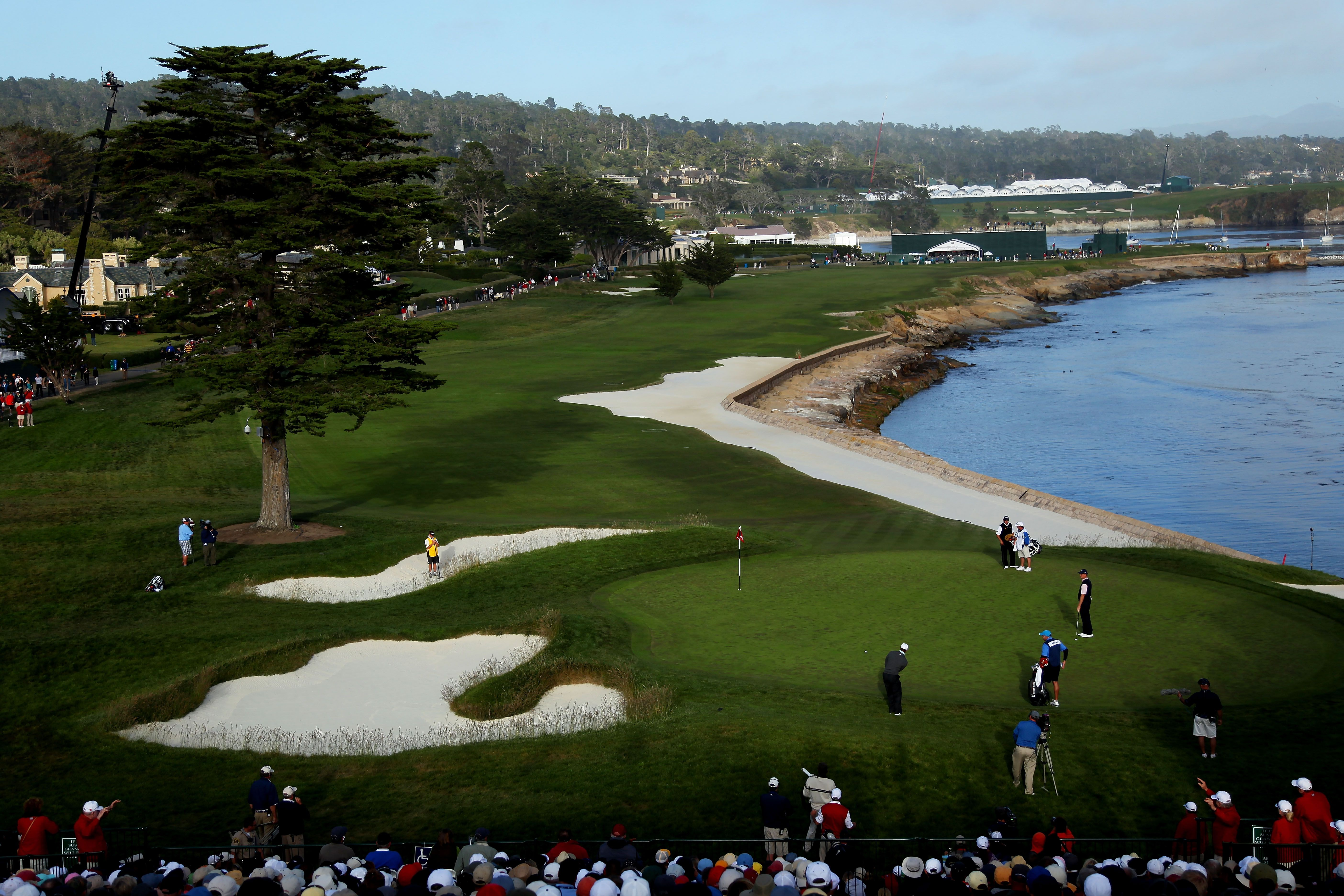 Pebble Beach Images and Facts About Famous Golf Links